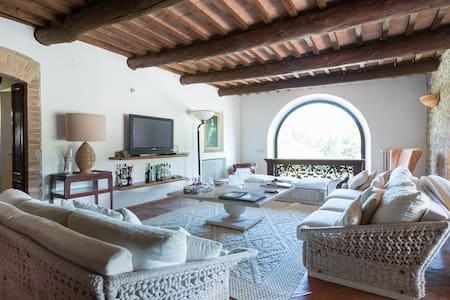 Cottage Superior con Piscina - Sarteano