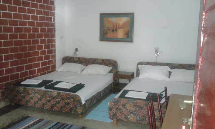 Triple room with sea view 2