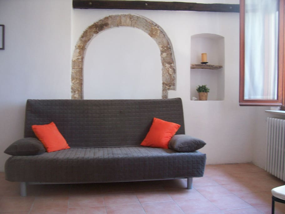 spoleto chat sites Buying property in umbria,  town and countryside property round here can be about half the price of the same around spoleto umbria  people stop and chat.
