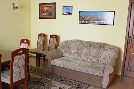 Pokój w domku jednorodzinnym - Chełmno - Hus