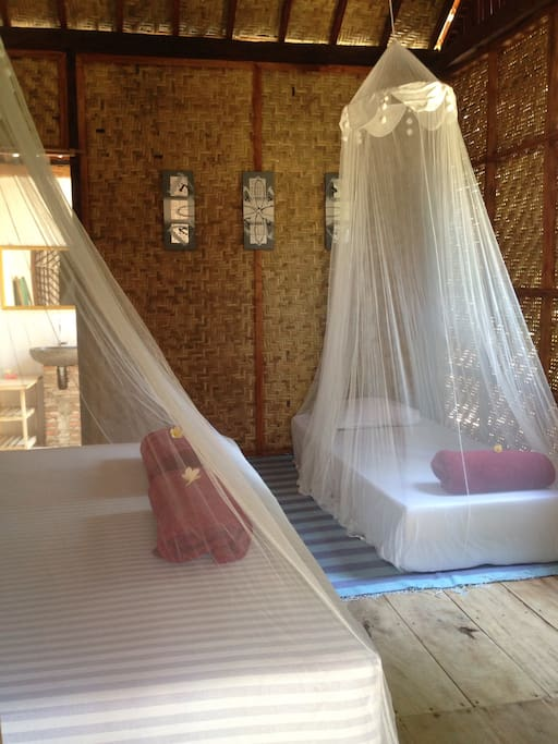 Extra beds and mosquito net, accommodate until 4 persons