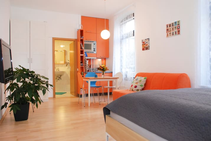Nice apartment, central, calm, cosy - Colònia - Pis