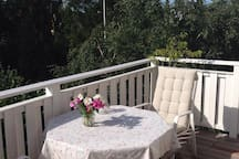 Another picture of the terrace of the 1st room.