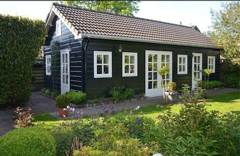 Romantyczny domek gościnny w pobliżu Amterdamu