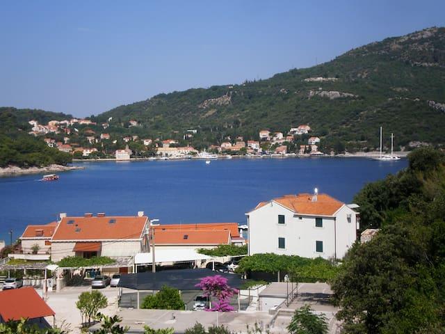 Studio for 3 adults-private terrace - Dubrovnik - Departamento