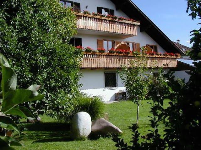 Wohnung im Weinberg -Weisshauserhof - Eppan