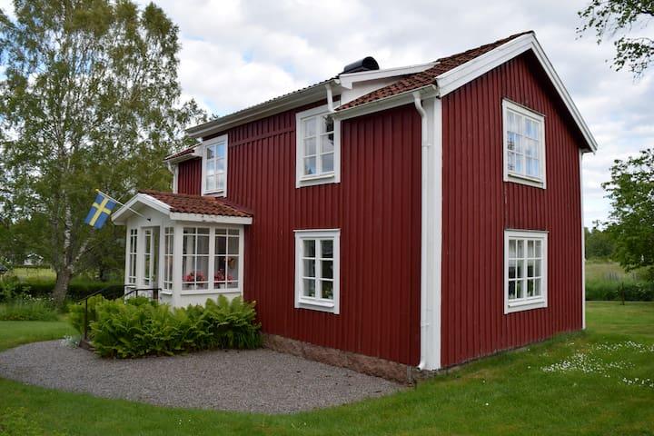Källäng, knus en oud huis in Zweden