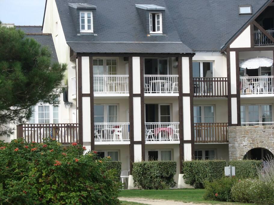 le balcon au 1er étage