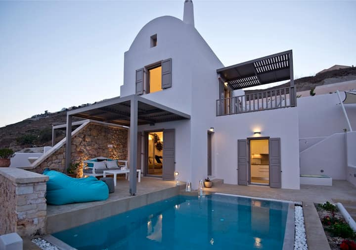 Eolia Luxury Villas  Senior Villa