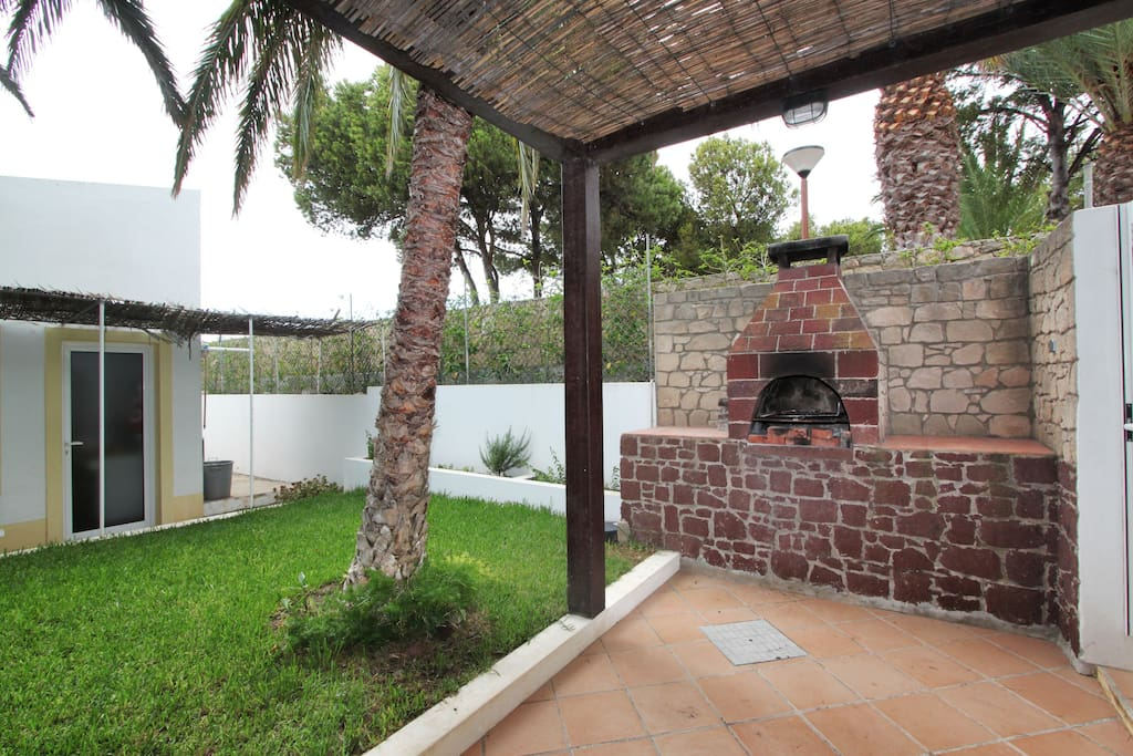 Barbecue area and garden