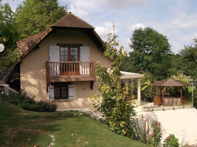 Cottage in Normandie, 100 km Paris - Fontaine-sous-Jouy - House