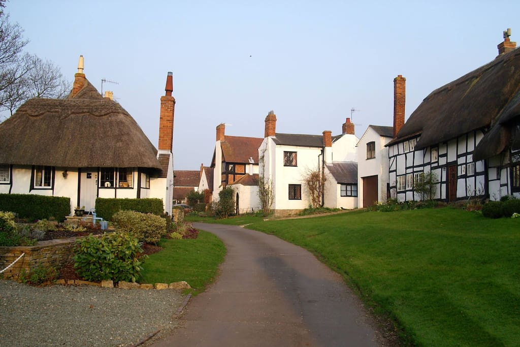 Our village of Welford on Avon and some of the beautiful thatched homes.