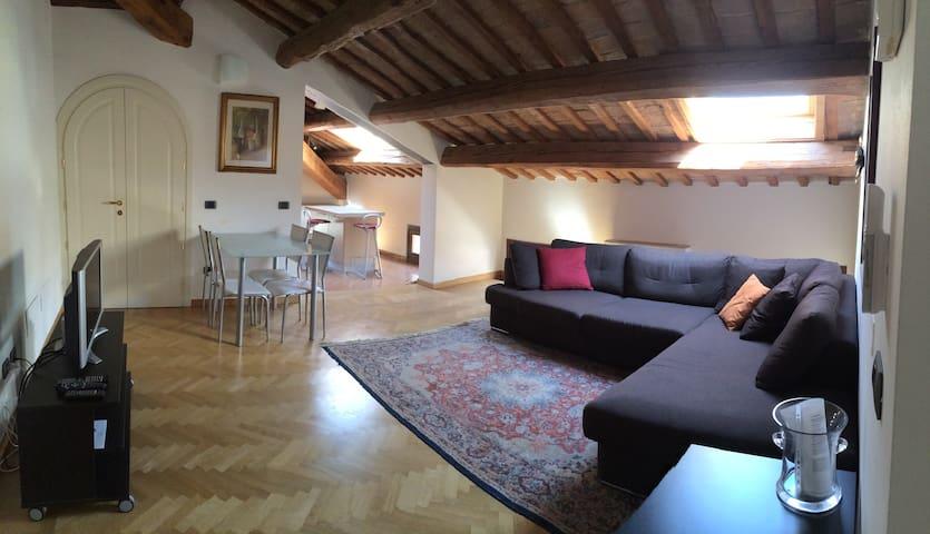 Appartamento in palazzo d'epoca - Ferrara - Apartment