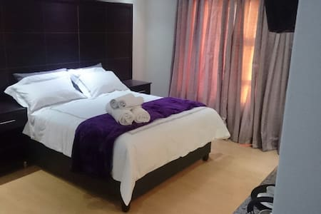 Brand new, 4 star quality rooms - Newcastle