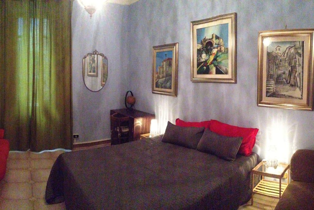 Camera signorile a san giovanni appartements louer for La chambre de giovanni