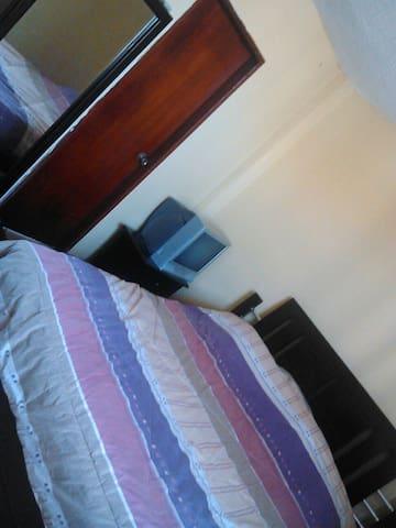 Habitación privada en apto familiar - Maracaibo - Byt