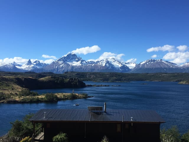 Palo Lodge, Main Cabin. Cerro Castillo, Aysén.