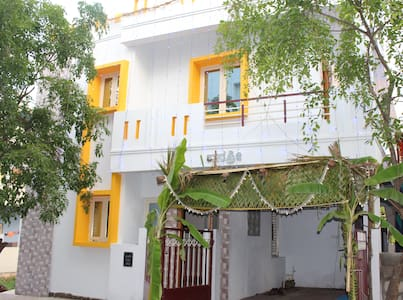 New independent house with Solar - Bangalore - Pis