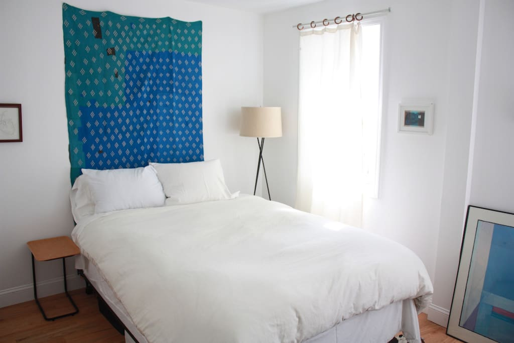 Bedroom By The River Apartments For Rent In Brooklyn New York United States