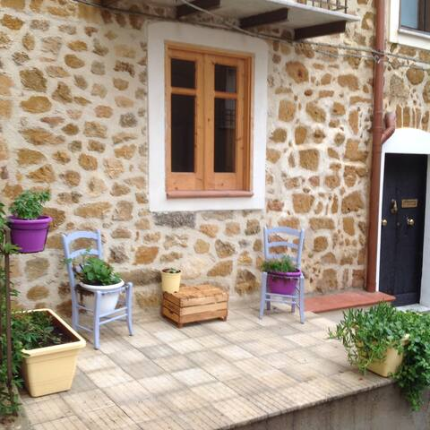 Lovely historic stone house - Cianciana - Dom