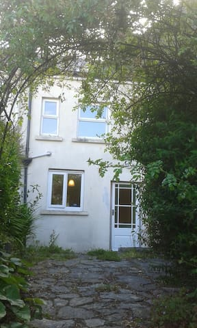central Clonakilty-west cork for 5 - Clonakilty - House