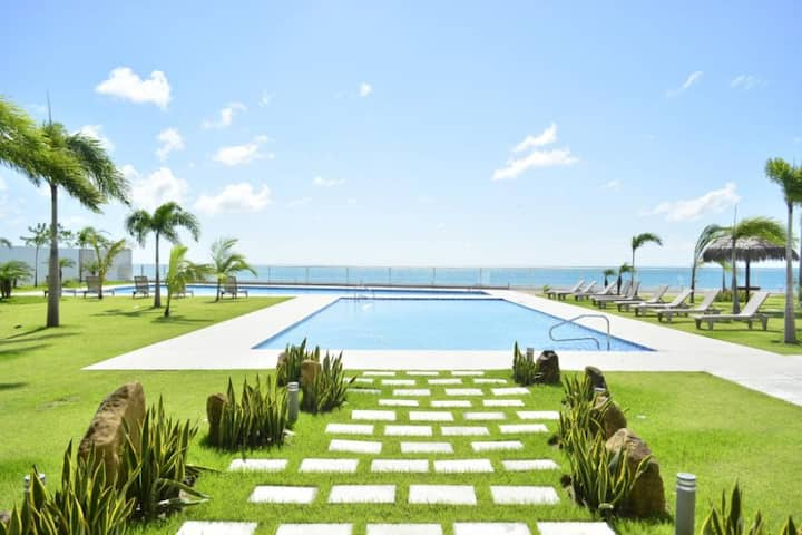 Tropical Beach Paradise ~ Gorgona Beach 1414