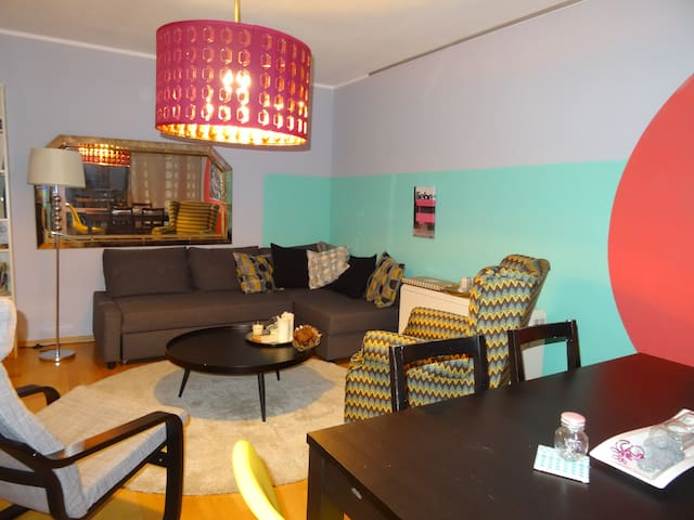 Colorful&Quiet room Munich north - Monachium - Apartament