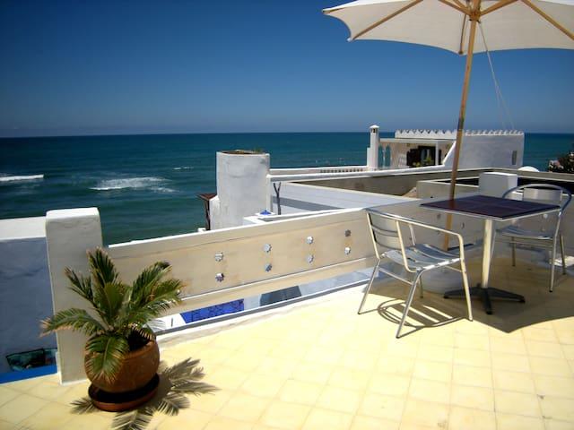 Jolie maison en médina  vue océan - Asilah - Huis