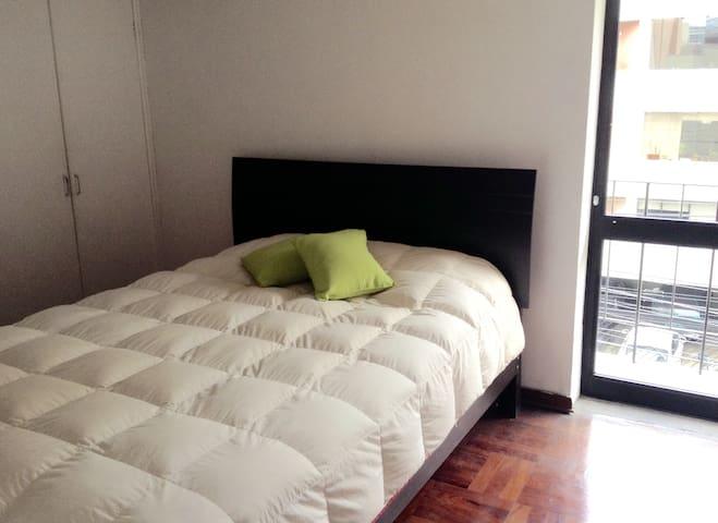 Budget single room in Miraflores. - Miraflores - Appartement