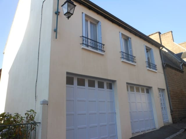 Charming Town House - Le Teilleul - Townhouse