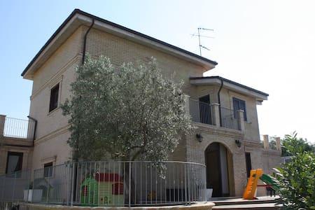 Vasto Villa Punta Aderci's Riserve - Vasto