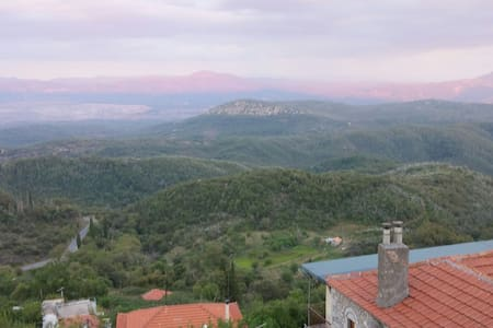Mountain village in southern Greece - Ano Melpia - House