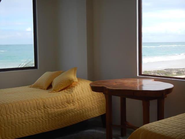 Habitación con linda vista al mar. - Puerto Villamil - Other