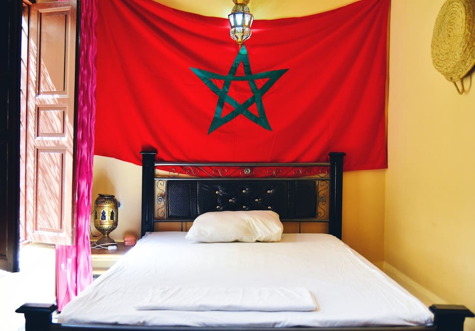 Super last minute and lovely room casas en alquiler en for Airbnb fez