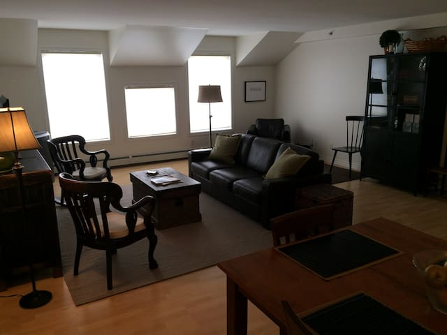 Tasteful Condo in Heart of Stowe - Stowe - Appartement en résidence
