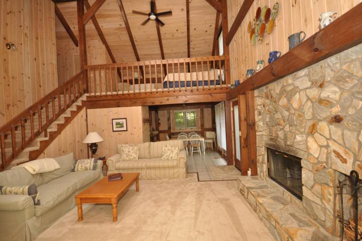 Abbie's Getaway-Rumbling Bald Resort - Lake Lure - Rumah