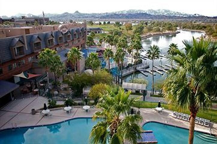 Lake Havasu Resorts - レイクハバスシティ