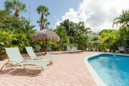 Tropical Coquina Cove Studio  #1 - Indian Rocks Beach - Appartement