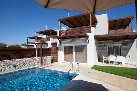 Amazing villas with private pool. a - Archangelos
