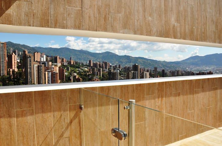Amazing loft El Poblado Medellín