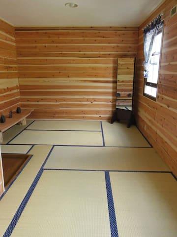 Family/Group room in Fujimi, Nagano - Fujimi - Bed & Breakfast