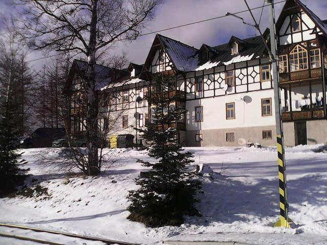 Pohodlný byt s nádherným výhľadom - Vysoké Tatry - Appartement