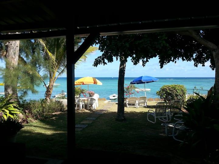 Villa Noa sea front accommodation