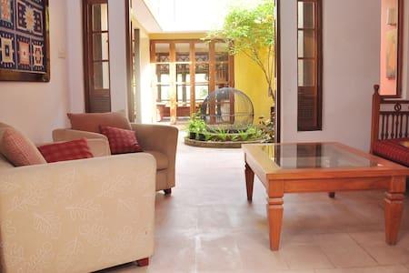 Inavni - Sri Jayawardenepura Kotte - House