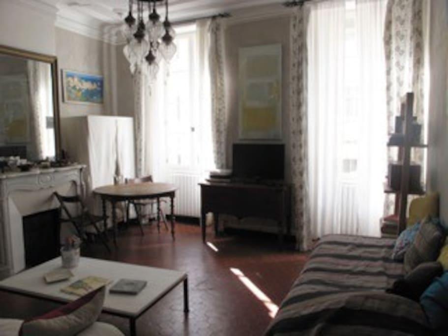 Salon  avec  coin lit