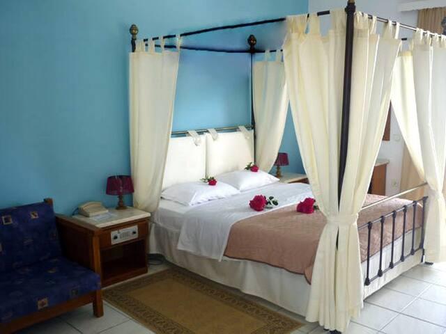 Oasis Hotel - Kalo Nero - Kalo Nero - Inap sarapan