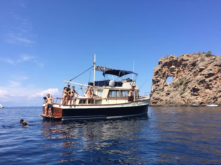 Un barco clásico con encanto