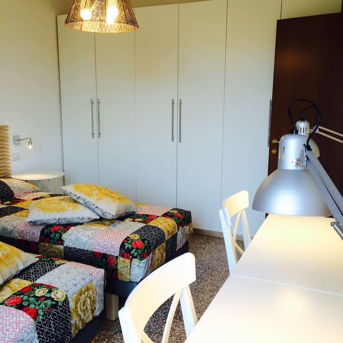 camera doppia twin bedroom