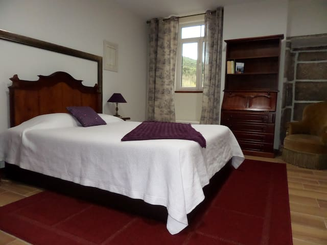 Casa Grande do Seixo Quarto Duplo - Chaves - Bed & Breakfast