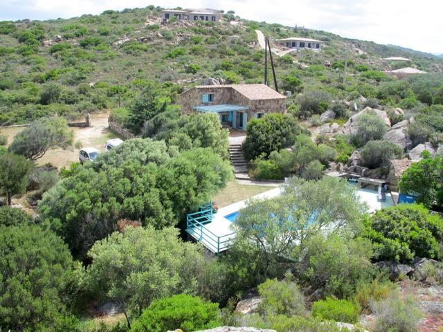 Villa avec piscine à 5 mn de la mer - Sartène
